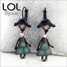 Les Pépettes Indidi Brown LOL Bijoux Doll Earrings , Enamel Lever Back Doll Earrings lolilota boucles d'oreilles