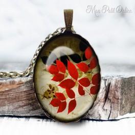 collar-colgante-rojo-negro-floral-vintage-cabuchon-cristal-necklace-pendant-red-black-floral-whimsical-bronze-cabochon-glass
