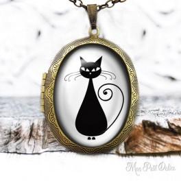 Camafeo Collar Portafoto Relicario Gato Negro