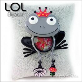 Broche-crapo-rana-gris-esmalte-lol-bijoux-enamel-frog-grey-grenouille-brooch-lolilota