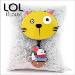 Broche-miaomiao-cup-gato-amarillo-esmalte-lol-bijoux-enamel-cat-chat-yellow-brooch-lolilota