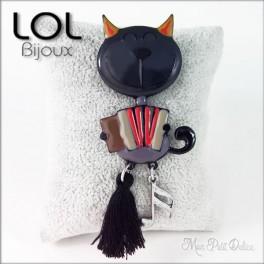 Broche-tom-acco-gato-gris-esmalte-lol-bijoux-enamel-cat-chat-grey-brooch-lolilota