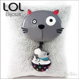 Broche-miaomiao-cup-gato-gris-esmalte-lol-bijoux-enamel-cat-chat-grey-brooch-lolilota