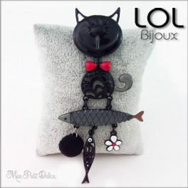Broche-tom-pez-gato-negro-esmalte-lol-bijoux-enamel-cat-chat-fish-black-brooch-lolilota