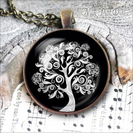 Vintage Round Black & White Tree of Life Necklace, antique cabochon glass pendant