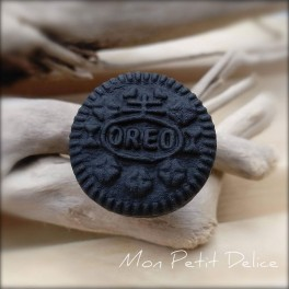 anillo-galleta-miniatura-fimo-dulce-oreo-cookie-polymer-clay-fimo-miniature-ring-sweet