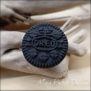 anillo-galleta-miniatura-fimo-dulce-oreo-cookie-polymer-clay-fimo-miniature-ring-sweet