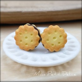pendientes-galletas-chocolate-principe-miniatura-fimo-dulce-miniature-oreo-cookie-cookies-polymer-clay-fimo-earrings-sweet