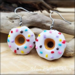 White Donuts Dangle Earrings, polymer clay miniature food