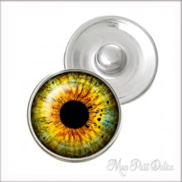 Green Eye Noosa Style Snap Button, chunk glass button