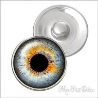 Grey Eye Noosa Style Snap Button, chunk glass button