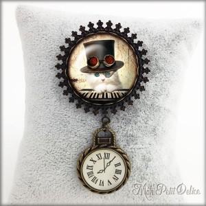 Broche Camafeo Vintage Gato Steampunk con Reloj