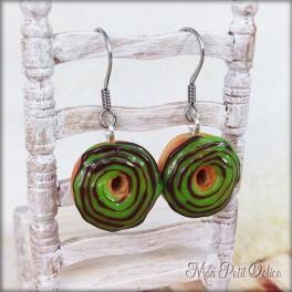 pendientes-donut-rosquilla-verde-miniatura-fimo-dulce