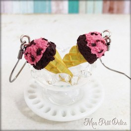miniature-ice-cream-strawberry-clay-fimo-earrings-sweet